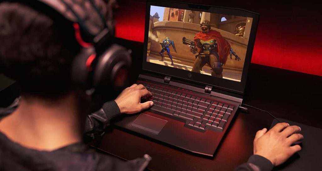 Laptop screen size is more important for gamers