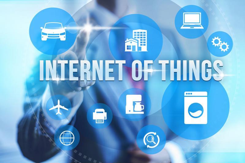 Relationship between IoT and Internet